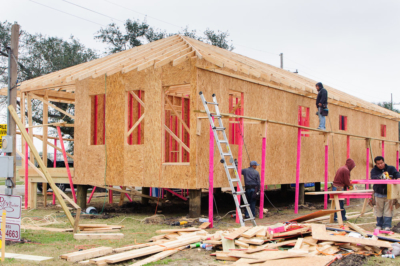 What Is The Difference Between Open & Closed Cell Spray Foam Insulation?